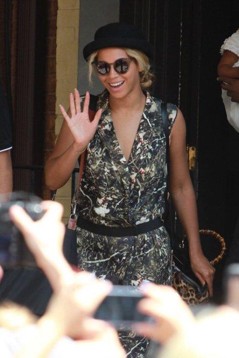 Beyonce in Toronto 2013