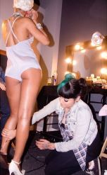 Rihanna 'Pour It Up' (Behind The Scenes 3)