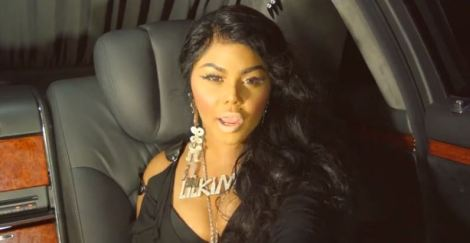Lil Kim - Looks Like Money