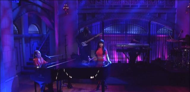Nicki Minaj Skyler Grey 'Bed of Lies'
